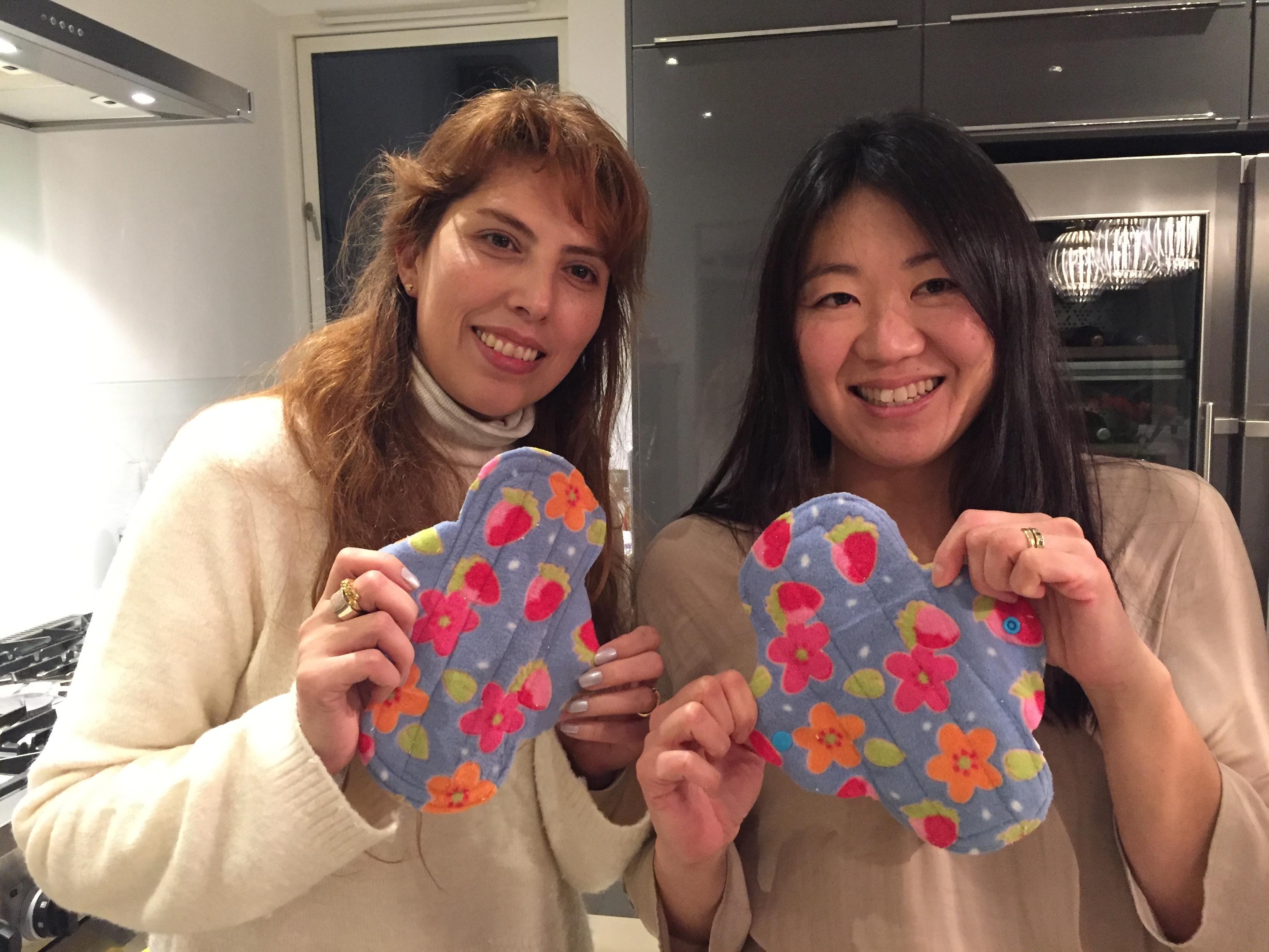 menstrual pads changing Girls